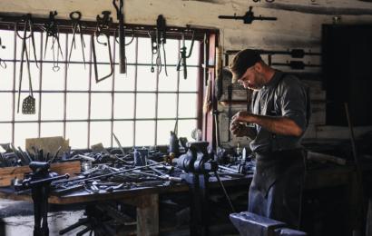 Se muligheder for at blive håndværker på jobindex